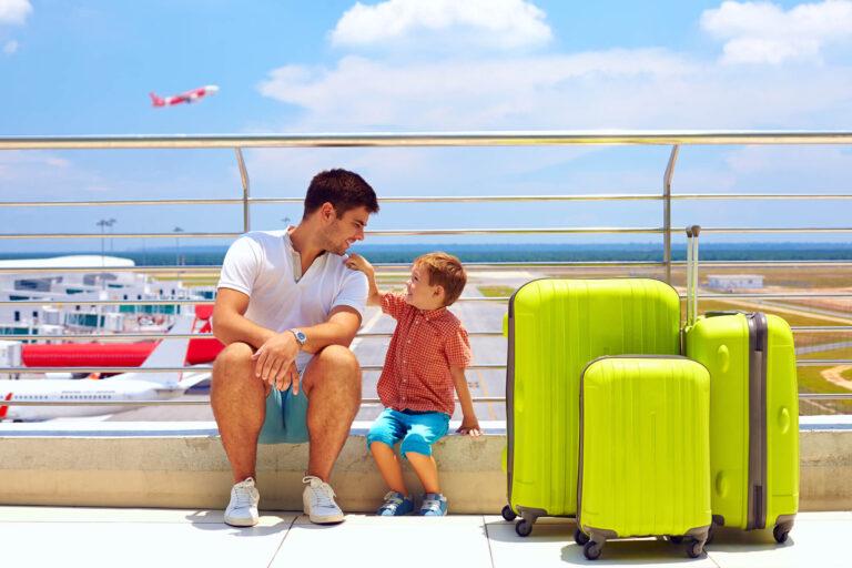 """הוצאת ילדים להורים גרושים לטיול בחו""""ל"""