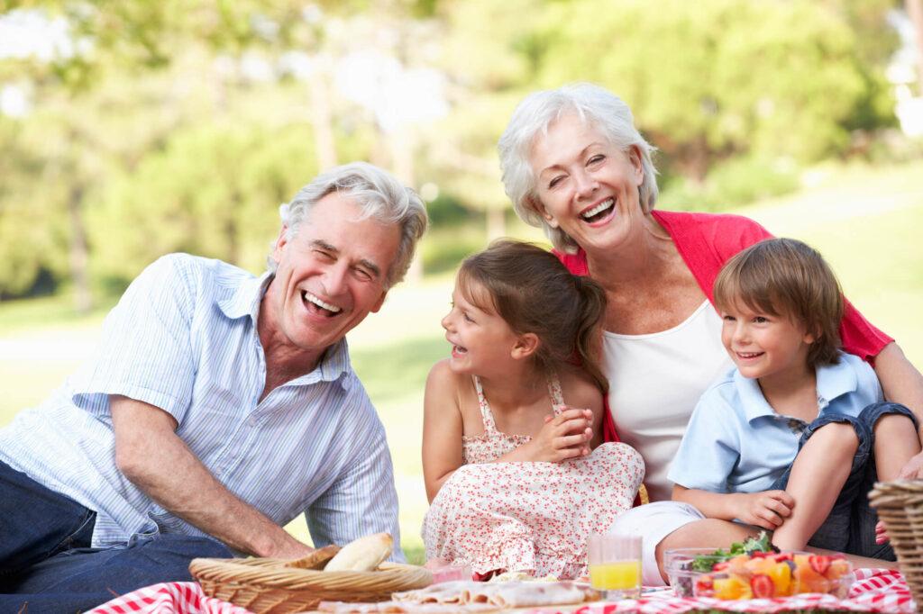 הסדרי ראיה עם נכדים | סבא וסבתא עם הנכדים
